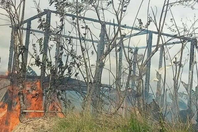 Diduga Percikan Api Dapur Penyebab Kebakaran, Kerugian Ditaksir Ratusan Juta Rupiah
