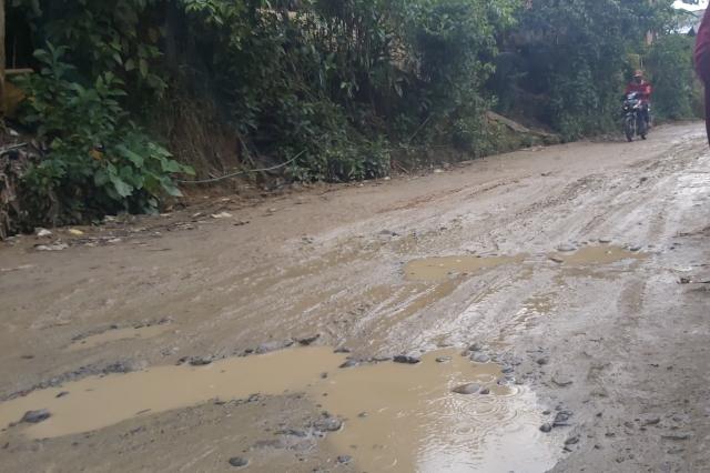 Curah Hujan Tinggi di Mamasa, Terlihat Sejumlah Genangan Air